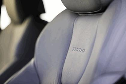 2019 Hyundai Veloster Turbo 13