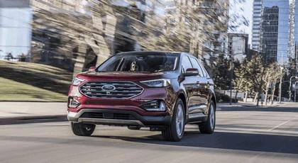 2019 Ford Edge Titanium 2