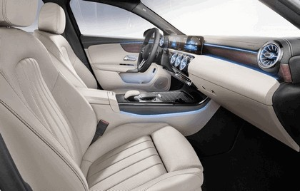 2018 Mercedes-Benz A-klasse sedan 12
