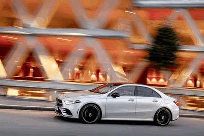 2018 Mercedes-Benz A-klasse sedan 27