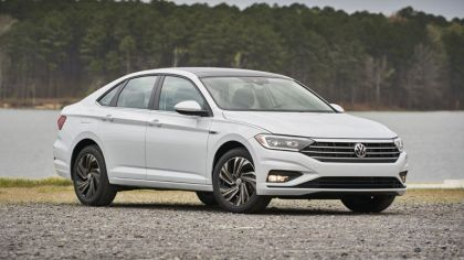 2019 Volkswagen Jetta SEL Premium 8