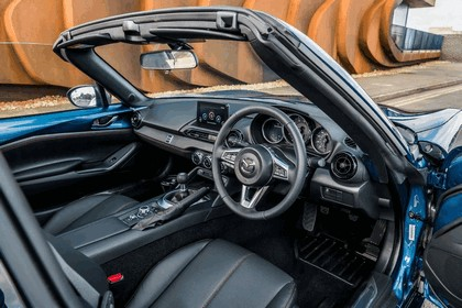 2018 Mazda MX-5 RF Sport Black - UK version 17