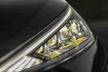 2019 Hyundai Elantra 16