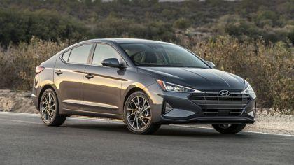 2019 Hyundai Elantra 5