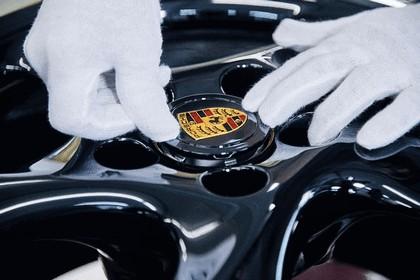 2018 Porsche 911 ( 993 ) Turbo - Project gold 8