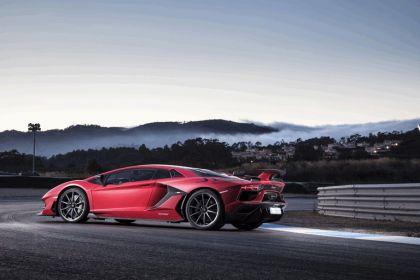 2018 Lamborghini Aventador SVJ 60