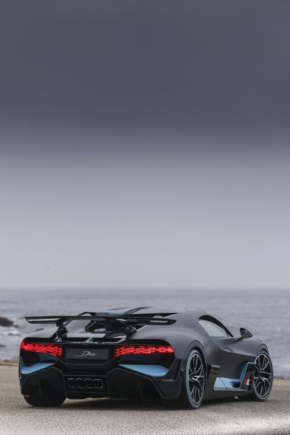 2018 Bugatti Divo 32