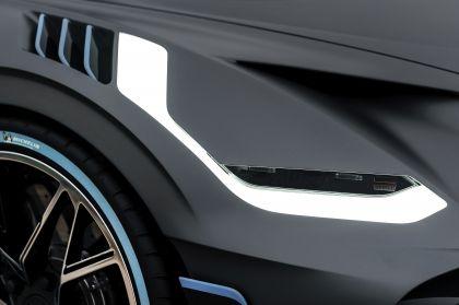 2018 Bugatti Divo 34