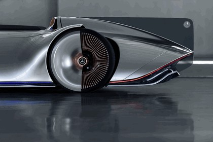 2018 Mercedes-Benz Vision EQ Silver Arrow concept 12