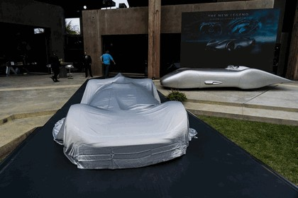 2018 Mercedes-Benz Vision EQ Silver Arrow concept 23