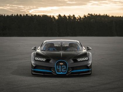 2017 Bugatti Chiron ( 0-400-0 ) 3