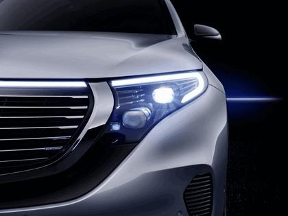 2018 Mercedes-Benz EQC 400 4Matic 11
