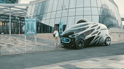 2018 Mercedes-Benz Vision Urbanetic concept 1