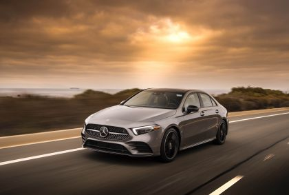2018 Mercedes-Benz A220 4Matic sedan - USA version 1