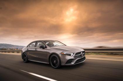 2018 Mercedes-Benz A220 4Matic sedan - USA version 3