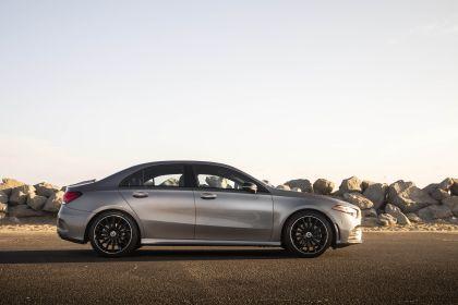 2018 Mercedes-Benz A220 4Matic sedan - USA version 14