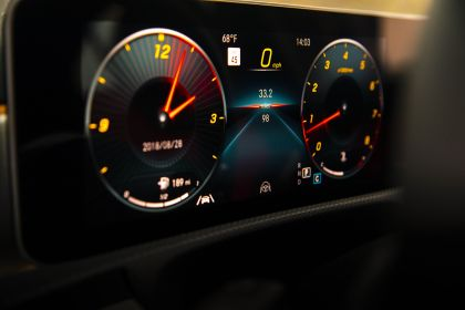 2018 Mercedes-Benz A220 4Matic sedan - USA version 46