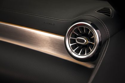 2018 Mercedes-Benz A220 4Matic sedan - USA version 51