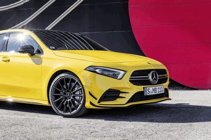 2018 Mercedes-AMG A 35 4Matic 10