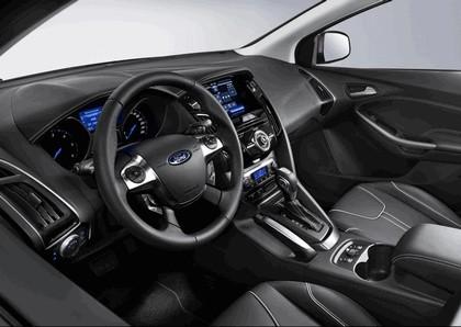 2010 Ford Focus station wagon 14