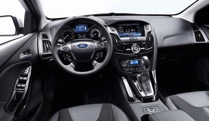 2010 Ford Focus station wagon 20