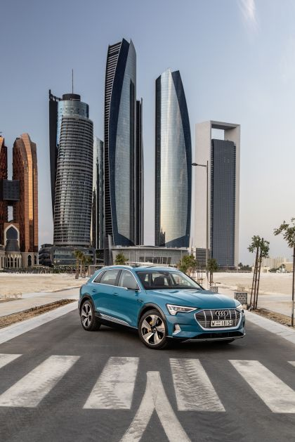2019 Audi e-Tron 21