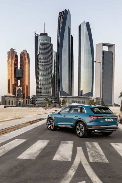 2019 Audi e-Tron 24