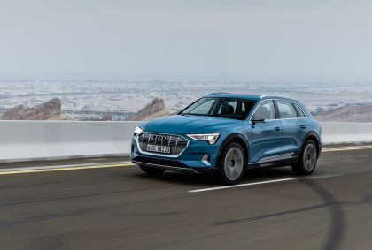 2019 Audi e-Tron 44