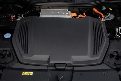2019 Audi e-Tron 164