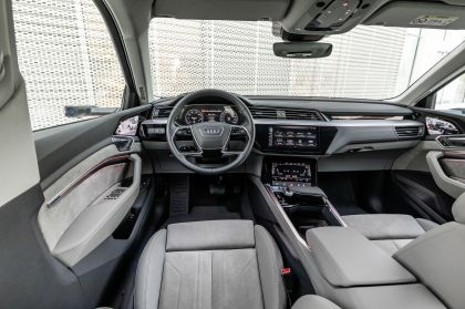 2019 Audi e-Tron 168