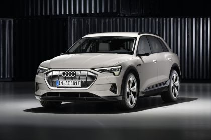 2019 Audi e-Tron 236