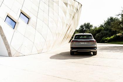 2019 Audi e-Tron 304