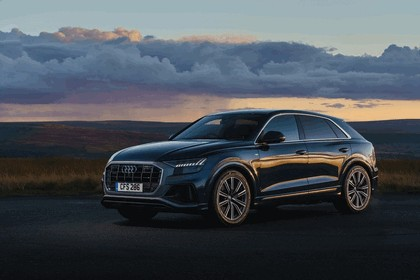 2019 Audi Q8 - UK version 2