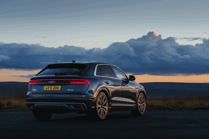 2019 Audi Q8 - UK version 4