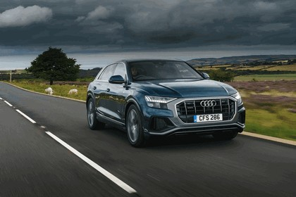 2019 Audi Q8 - UK version 10