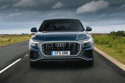 2019 Audi Q8 - UK version 11