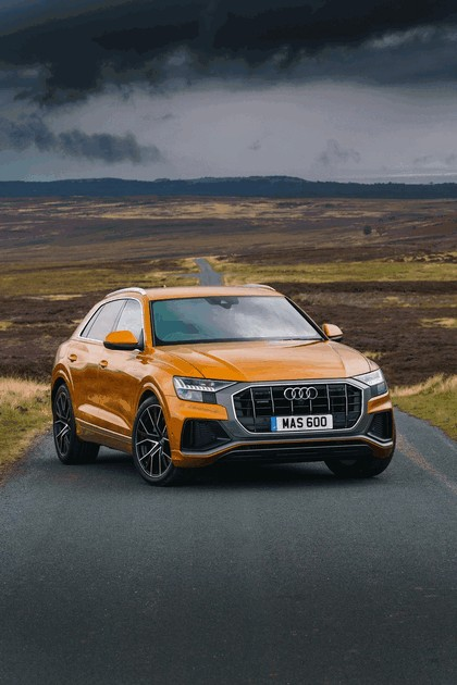 2019 Audi Q8 - UK version 24