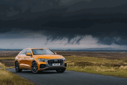 2019 Audi Q8 - UK version 27