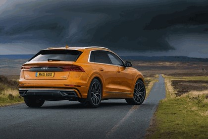 2019 Audi Q8 - UK version 29