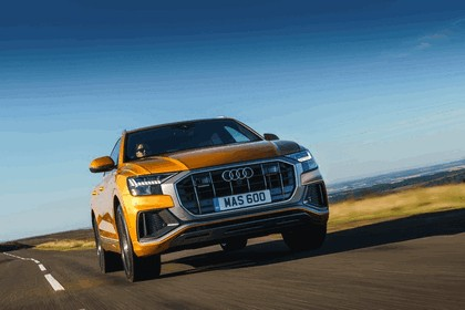2019 Audi Q8 - UK version 36