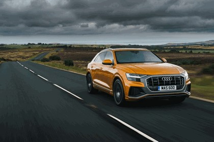 2019 Audi Q8 - UK version 38