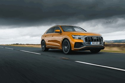 2019 Audi Q8 - UK version 40