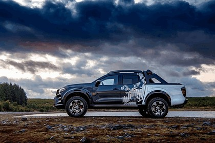 2018 Nissan Navara Dark Sky concept 5