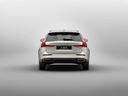 2018 Volvo V60 Cross Country 6