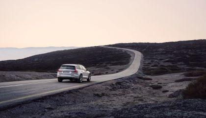 2018 Volvo V60 Cross Country 15