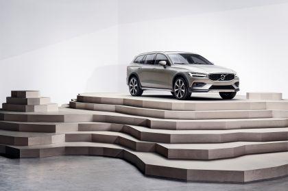 2018 Volvo V60 Cross Country 20