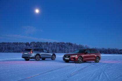 2018 Volvo V60 Cross Country 39