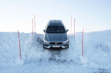 2018 Volvo V60 Cross Country 41