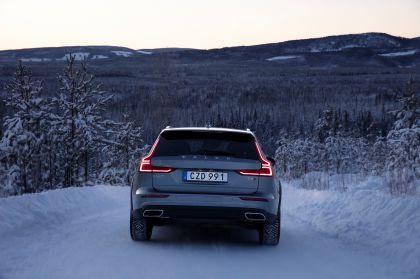 2018 Volvo V60 Cross Country 48