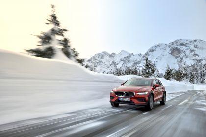 2018 Volvo V60 Cross Country 71